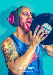bearded-brutes-i-take-glitter-beard-themed-photographs-3__700